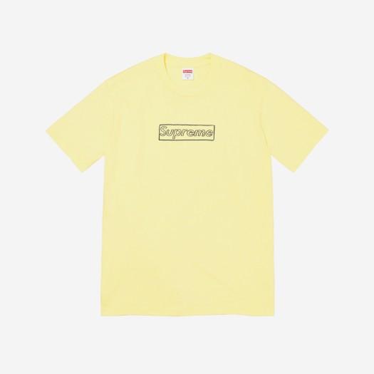 슈프림 x 카우스 초크 로고 티셔츠 페일 옐로우 (21SS)