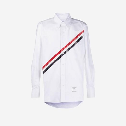 톰브라운 다이애그널 스트라이프 스트레이트 핏 롱슬리브 셔츠 화이트